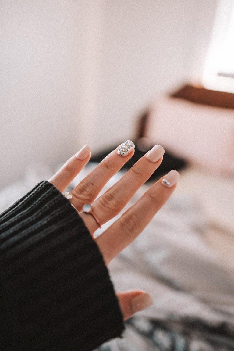 Szukasz sposobu na to, by wzmocnić swoje paznokcie?
